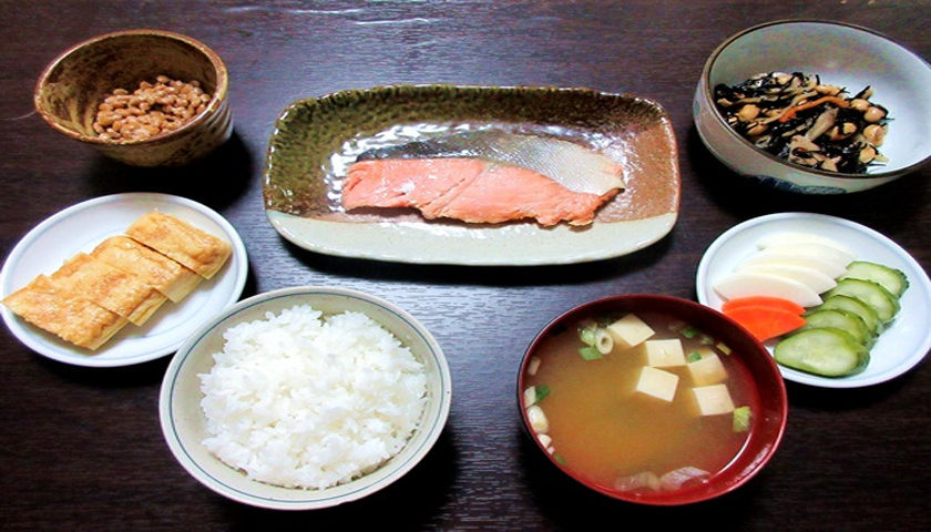 desayuno-en-japon-SUGOIHUNTER6