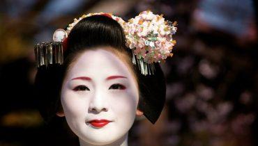 JAPON : ¿COMO ES LA VIDA DE UNA GEISHA?